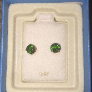 Nwt May birthstone lab  created emerald earrings